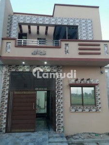 Steel Bagh House Sized 900  Square Feet For Sale