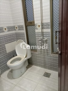 Flat For Rent Situated In Ghauri Town