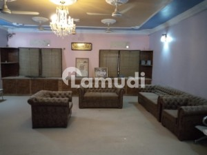 Office Of 160  Square Feet Is Available In Contemporary Neighborhood Of Latifabad Unit 7