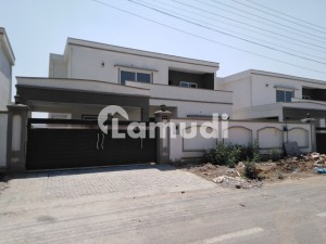 A Centrally Located House Is Available For Rent In Lahore