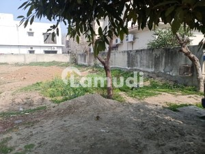 1 Kanal Close to Main Park Block H Plot For Sale in Phase 6