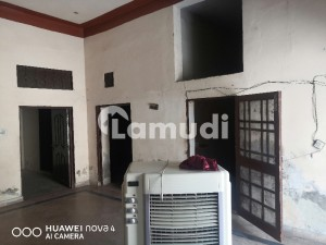 Alipur Chatha Road House For Rent Sized 1575  Square Feet