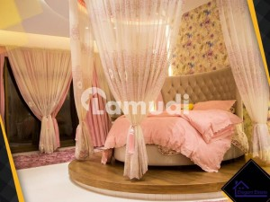One Kanal Fully Furnished Italian Design Bungalow Near To Park For Sale