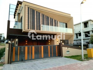 Best Quality 11 Marla house in bahria town