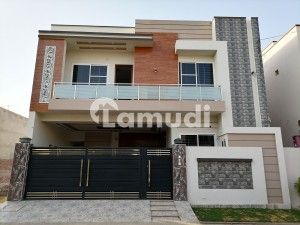 7 Marla Spacious House Available In Jeewan City Housing Scheme For Sale
