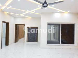 Rent Your Ideal House In Faisalabad's Top Location