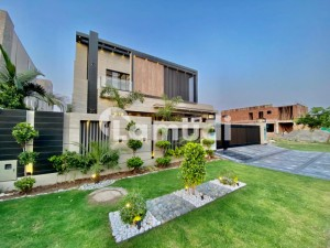 LEADS ESTATE OFFER MOST BEAUTIFUL BUNGALOW