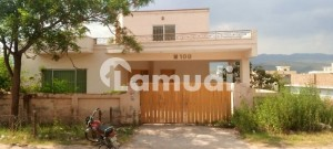 4500  Square Feet House Available For Sale In Bani Gala If You Hurry