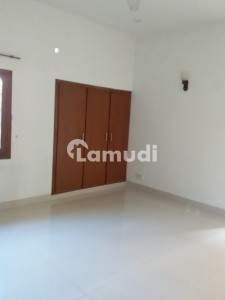 Defence 500 Yards 5 Bedrooms Ph6 Khayaban Rahat Bungalow Available For Rent