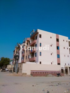 Get This Amazing 950  Square Feet Flat Available In North Nazimabad