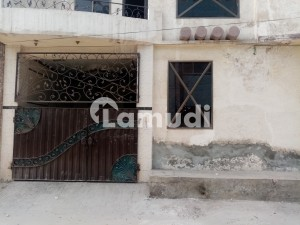 Spacious House Is Available In Satiana Road For Rent