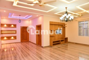 5 Marla House Situated In Satellite Town For Rent