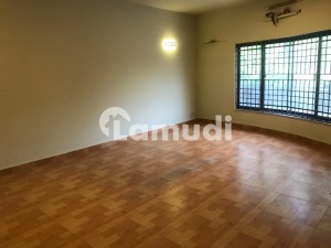 Upper Portion Available For Rent At F-6-1 Islamabad