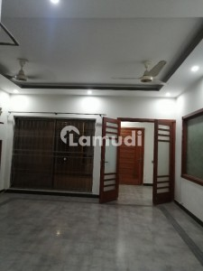 Semi Furnished 10 Marla Beautiful House For Rent