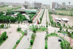 5 Marla available on easy installment plan in Gulberg Green Islamabad