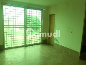 Facing Park flat Available For Baichular Office And Jobs Holder in Johar Town Near Emporium Mall