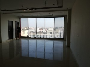 8 MARLA COMMERCIAL 2nd FLOOR FOR RENT LOCATED DHA PHAS 6 BLOCK CCA LAHOR