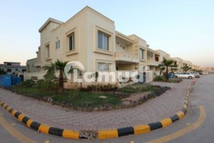 10 Marla plot for sale in Bahria Enclave at very prime location