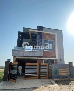 5 Marla Brand New Luxury House For Sale In Bahria Town LHR