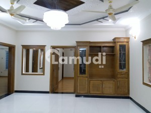 Brand new Luxury 30x60 Upper Portion For Rent In G 13
