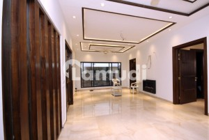 A 10 Marla Charming House For Sale In Dha Phase 5