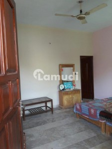3 bed house available for rent in sakhi sultan colony