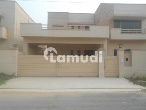 Brigadier House  Is Available For Sale In  Askari 10 Lahore