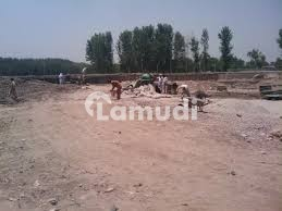 7 Marla Plot For Sale On Prime Location Adjacent To Professor Colony Near Agriculture University