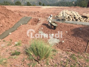 10 Marla Commercial Plot For Sale In Murree Expressway