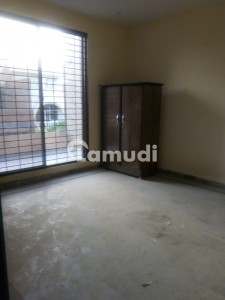 2 Rooms Separately  Is Available For Rent  In Gulberg For Bachelors