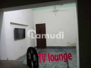 Portion For Rent Very Good Area, Nice Neighborhood And Wide Street For Car Owners