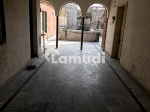 Commercial Floor Available For Rent