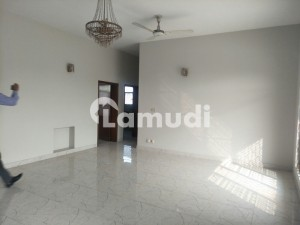 Cavalry 2 Bedrooms 1 Kanal Portion For Rent Tilled Flooring