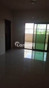 Apartment With Huge Terrace Available For Rent