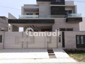 Near Bosan Road 1 Kanal Brand New Double Story Building Available For Rent
