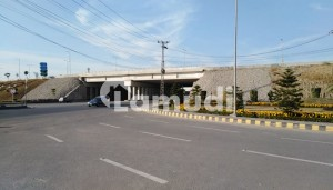 1 Kanal Plot For Sale Corner