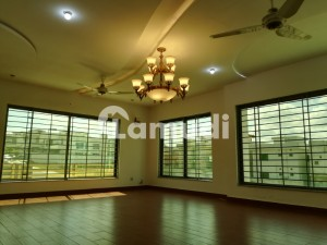 22 Marla Corner House Is Available For Sale With Basement And Solid House