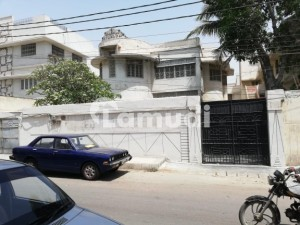 500 Sq Yards Bungalow For Rent At Kashmir Road Facing Ground Plus 1 With 8 Rooms Inside