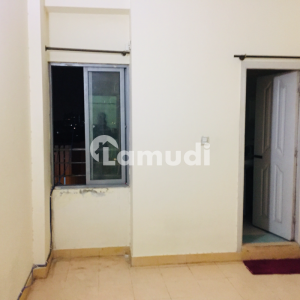 Sharing Room Is Available For Rent In E-11/2 Markaz