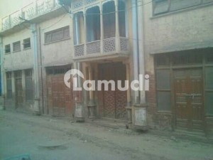 House Is Available At Good Location Made By Hindus