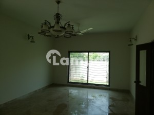 500 Sq Yards West Open Corner Independent House For Sale