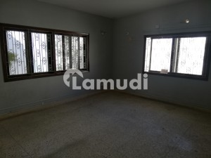 1000 Square Yard 12 Rooms House For Rent In Block 9 Gulshan E Iqbal Karachi Ideal Schools Institutes Offices Companies Software House Call Centre Ware Houses