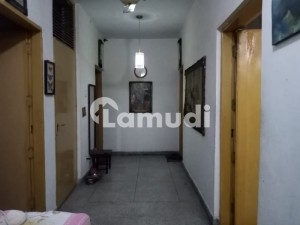 Urgent Deal 10 Marla 3 Bedroom  Flat For Sale In Askari  1   Lahore
