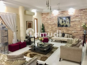Outclass Extremely Well Maintained West Open Bungalow Near Saheem Masjid And Cbc