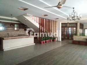 F7 Brand New Tiled Flooring 06 Bedroom Luxury House With Imported Fittings At Very Prime Location