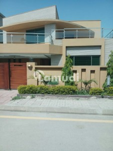 Bahria Town 500 Sq Yd House For Sale