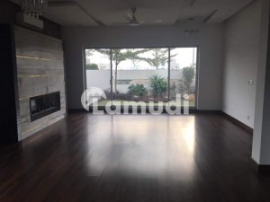 500 Sq Yard Almost New Ultra Modern Bungalow For Rent 6 Bedrooms At Phase 8 DHA