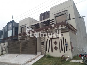 10 Marla Newly Furnished House Available For Rent