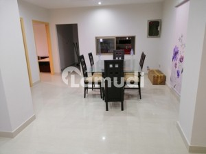 A Newly Constructed Flat In Gulberg Town