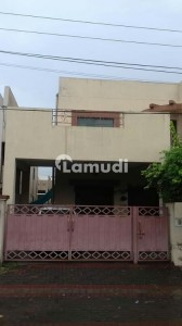 10 Marla House Available For Sale In Sec B Askari 10 Lahore